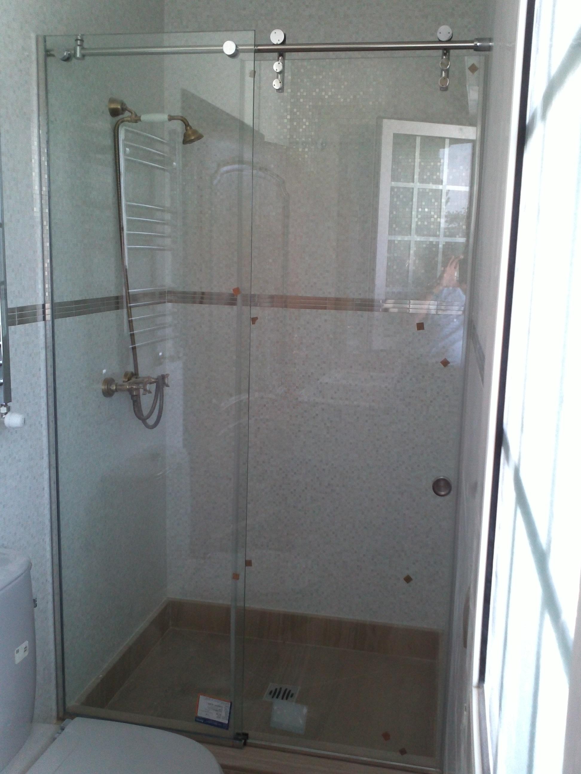 Instalacion y montaje de mamparas correderas de cristal en madrid - Mamparas ducha correderas ...